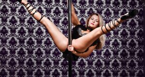 cameriera sexy lapdance