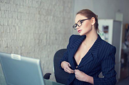 Cybersex: pregi e difetti del sesso virtuale