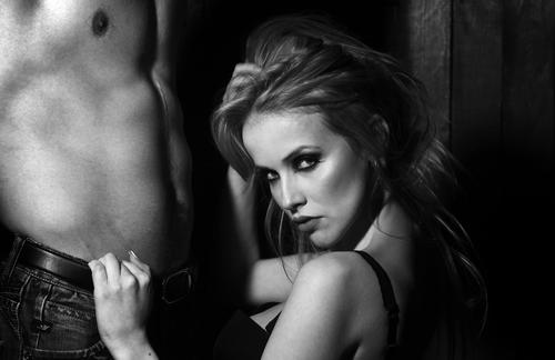 Come sedurre un uomo, fuori e dentro il letto?