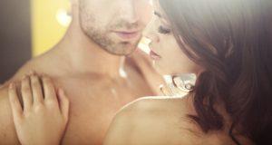 Come stimolare il desiderio maschile a seconda dell'età